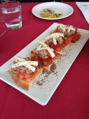 tuna bruschetta